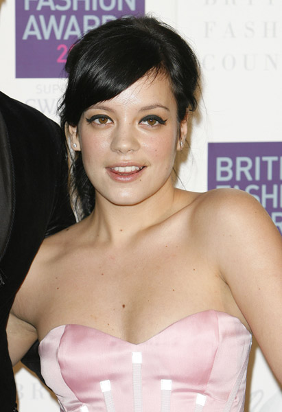 Clash Wednesday  -- Lily Allen Takes us Straight To Hell